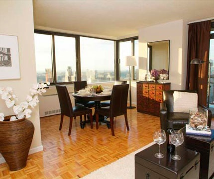 High Floor~1br Apartment in a Luxury High-Rise Building on Upper West Side