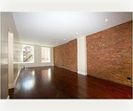 Prime Tribeca Living steps away from the Financial district!!!! Will not Last