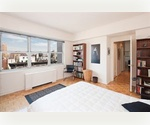 BEAUTIFUL RENOVATED JR4 AMAZING VIEWS TERRACE LUXURY BUILDING PRIME 60'S