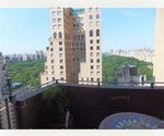 NYC Central Park &amp; Fifth Ave. Condo for Rent ** Overlooking ALL of Central Park **  925 Sf 1 Bedroom/Convert 2 w/ Private Balcony on 28th Floor -  $4500 / month