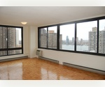 *Spacious* Studio in Midtown East