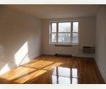 *** GENEROUSLY SIZED*** MIDTOWN*** 1BED/ WINDOWED KITCHEN**** SUNFILLED