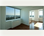 Large 2 Bed 2.5 Bath with Study/Office in Luxury Brooklyn Hi-rise w/ Park Views.
