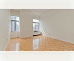 NO FEE Luxury Financial District Studio*Close to Wall Street, South Street Seaport and World Financial Center*