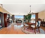 Spectacular 1160 sq.ft. Penthouse-convertible 2 with 2 full Baths in a new luxury condo building wt full view of Manhattan's Skyline, Parking included!