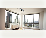 Chelsea- Luminous Two Bedroom Two Bathroom - Corner Unit with Remarkable views