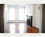 SPECTACULAR 1000SF LOFTY 1BR TOWNHOUSE WHOLE FLOOR WBFP HI CEILNGS